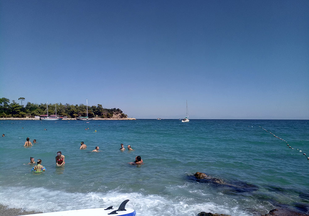 Море в Турции весной